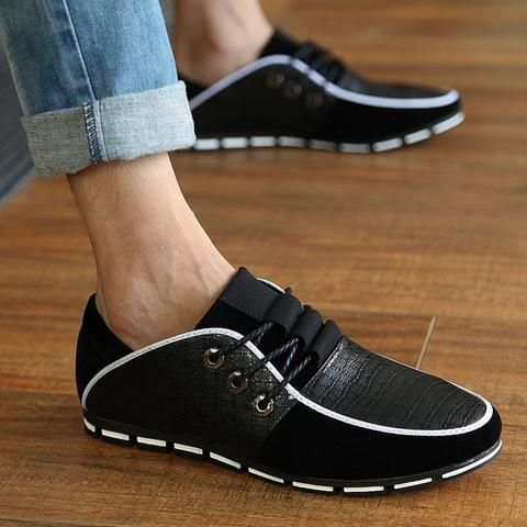2017 Accented Casual Flats