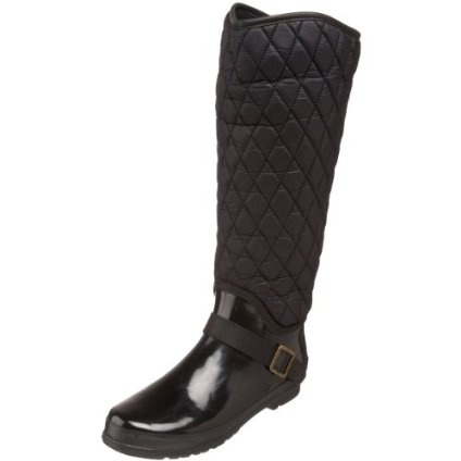 Great boots. Very comfortable, and the fleece lining is warm. Easy to wipe down if they get salt/mud on them. I receive many compliments when I wear these! My Sperry topsiders are an 8 1/2, and I ordered an 8 in these - fits perfectly.