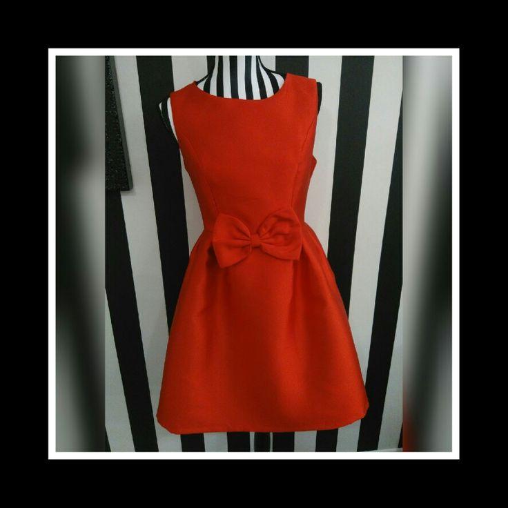 Vestido rojo. Precio unico 25€