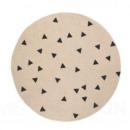 Köp enkel matta IKEA, potatistryck med svarta trianglar. Jaren '80-stijl motieven zijn een hit, vooral wanneer ze weer terug gebracht worden van weg geweest. De nieuwe Round Carpet tapijten van Ferm Living beloven dan ook ware toppers te worden!   Het tapijt van Ferm Living is perfect voor een kamer die patronen mixt én matcht!  Art.nr.: 8102 Kleur: Roze / Zwart Materiaak: 100% jute  Afmeting (Ø): 100 cm  Onderhoud: Reinigen met water en zeep