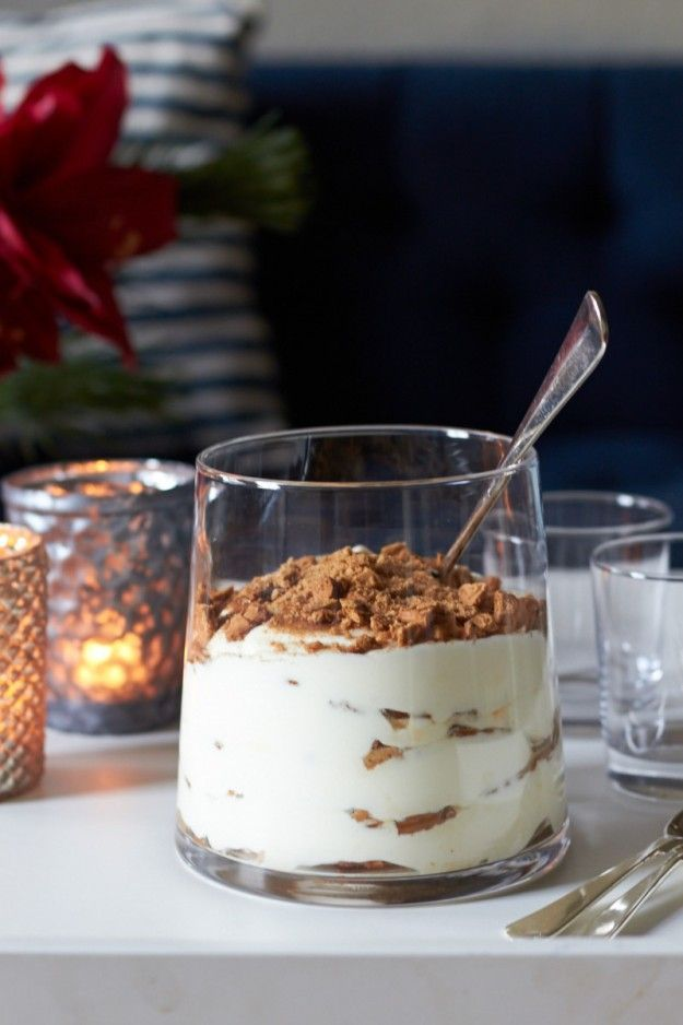 A Christmas recipe for super delicious speculoos tiramisu.