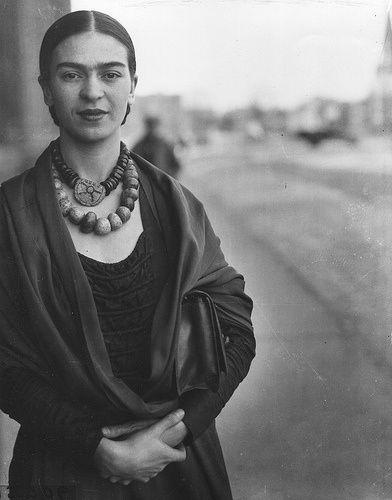 Fawnvelveteen: Frida Kahlo by Imogen Cunningham, 1931