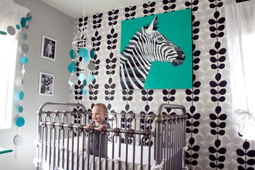 I would have loved this in high school... our mascot was a zebra.: Nursery Ideas, Black White, Modern Nurseries, The Brain, Baby Rooms, Giuliana Baby, Nurseries Ideas, Baby Shower, Graphics Nurseries