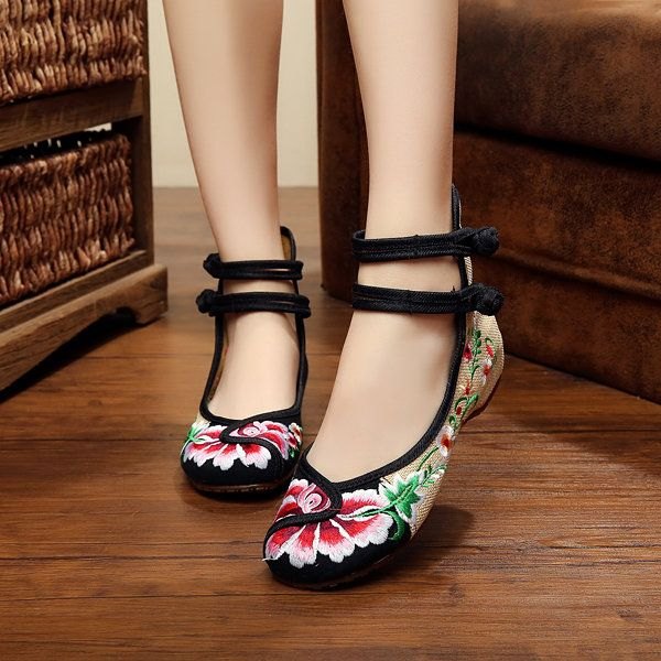 $14.93 Floral Embroidery Chinese Knot National Wind Lace Up Flat Shoes