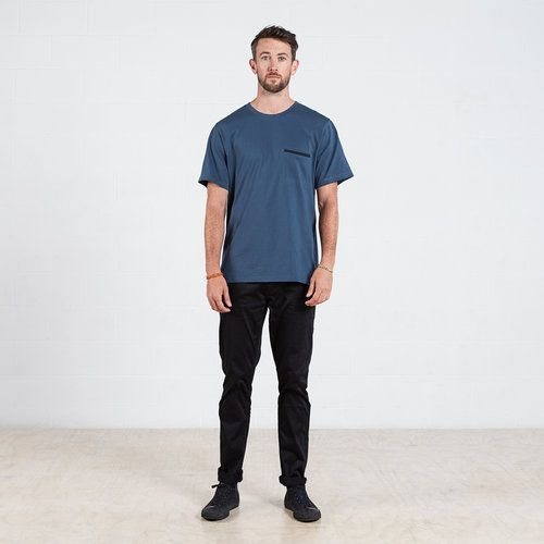Contrast pocket t-shirt in Blue #dorsu #autumncollection #newcollection #menswear #fashion #basics #fashionessentials #cotton #ethicalfashion #tee #ethical #fair #wellmade #quality #comfort #black #minimal #modern #longsleeve #tshirt #winter17 #winter #aperfectday #perfectday #t-shirt #tshirt #simple