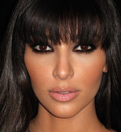 i can rant about kardashians all day (isn't that what they want), but mate, kim's make-up. almost every time.
