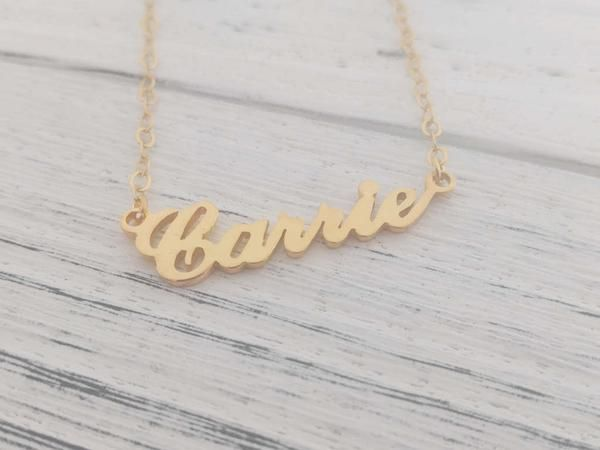 Gold Script Name Necklace | I NEED IT!!!! | Boyfriend name