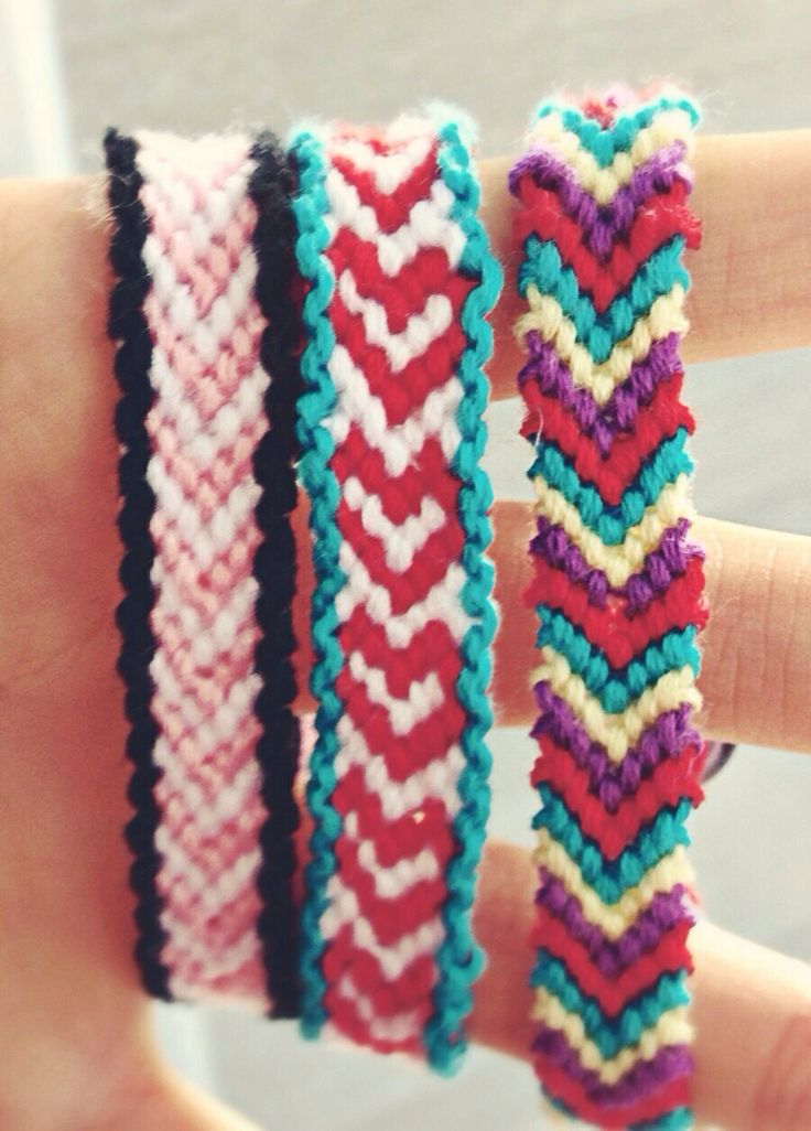 how to make a simple friendship bracelet with 3 strings