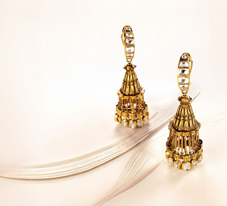 Zoya earrings, inspired by elaborate lamps in yellow gold with polki diamonds
