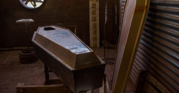 Cabrália Paulista, capital nacional dos caixões tem até urna do Corinthians