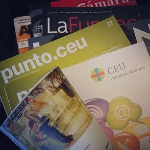Reading our #magazine for alumni! #UCHCEU #University