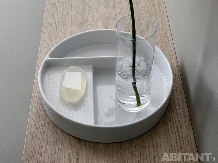 Удобный поднос для ванной