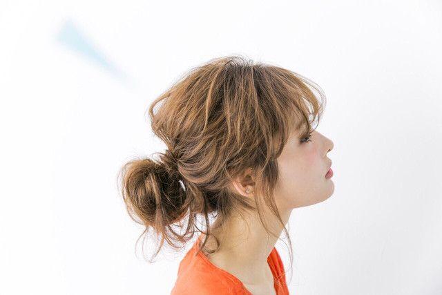巻かなくても抜け感あり♡コテ不要のふんわり髪アレンジ - LOCARI(ロカリ)