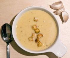 Kremowa zupa czosnkowa - ponoć wg. Magdy Gessler