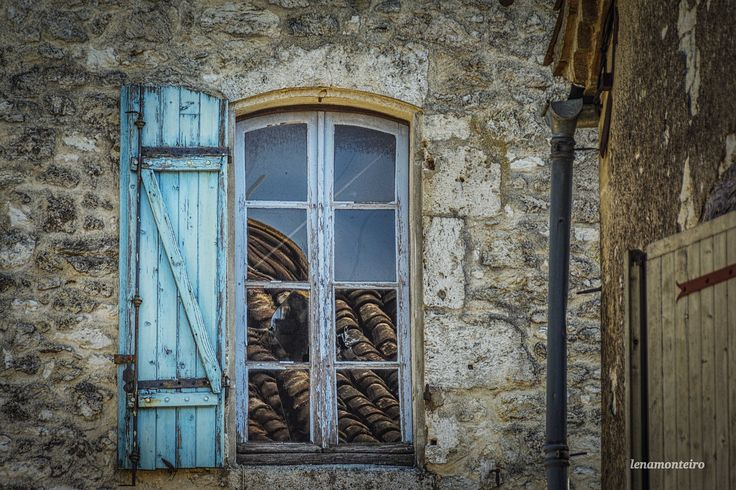 Blue Window... - Issigeac, France, Europe