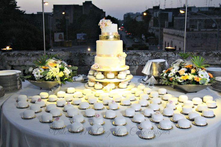 Wedding cake Gold&flowers