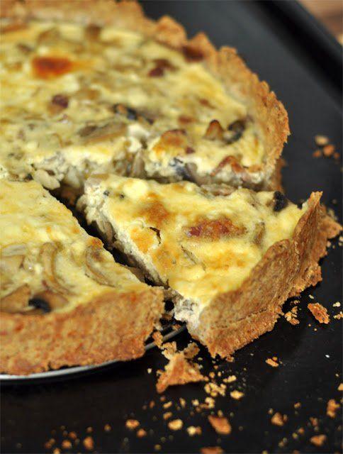 Gombás-baconös pite diós-sajtos tésztában | Csak a Puffin