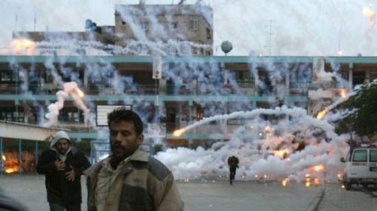 Israel drops white phosphorus bombs on Gazans | Its Palestine Not Israel