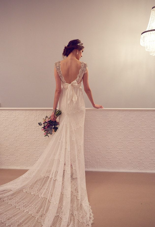 um, how pretty is the back of this wedding dress?!