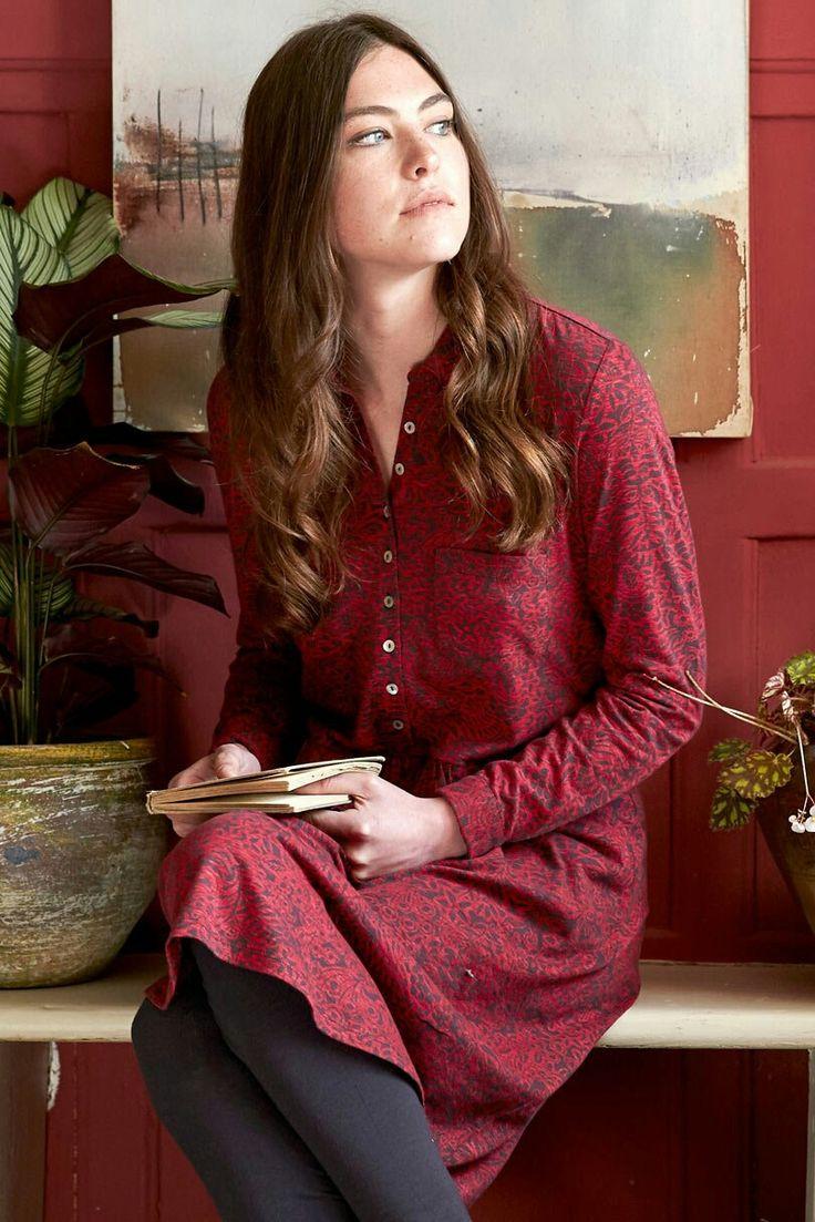 Fin kjole i økologisk bomuld. Fra Nomads Clothing. #bæredygtigmode #økologisktøj #fairtrade