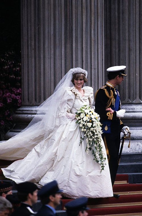 Fashion Flashback: Princess Diana on her wedding day.  via Yahoo New Zealand