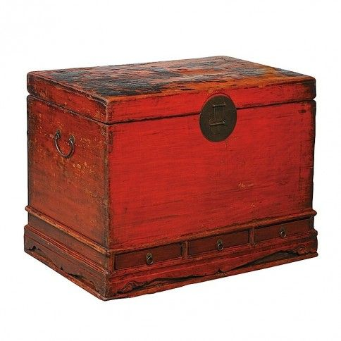 I can see this trunk in Johanna's office in the Library of Illumination
