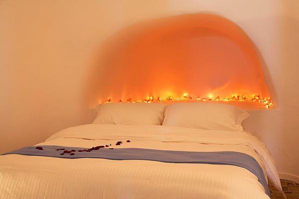 Alcove-Built-Bed-Honeymoon-Love-Hotel-Bedroom-White-Traditional-Lighting-Imerovigli-Santorini