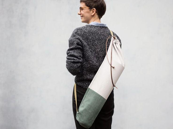 DIY tutorial: Sew a Canvas & Suede Yoga Bag via DaWanda.com