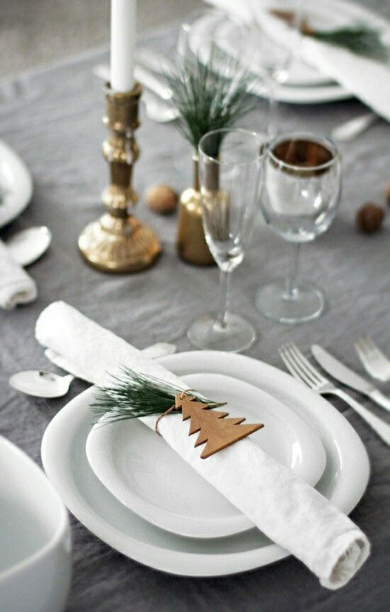 Grey and gold table for christmas