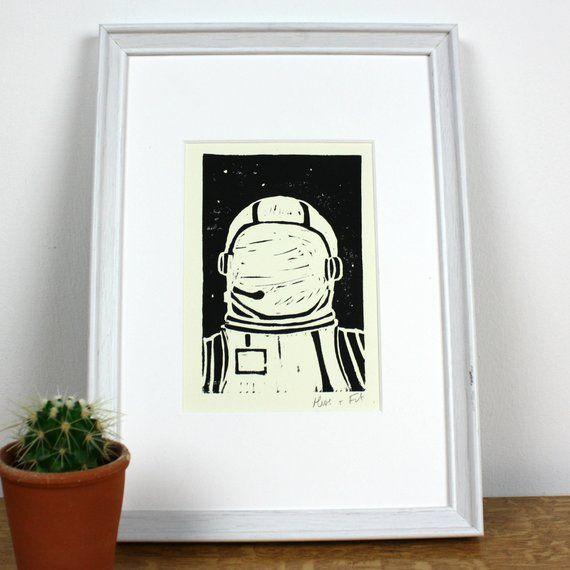 Astronaut A4 Lino Print Wall Art In 2020 Linocut Prints Lino