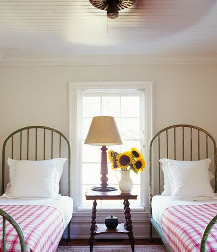 25+ Best Ideas About White Iron Beds On Pinterest