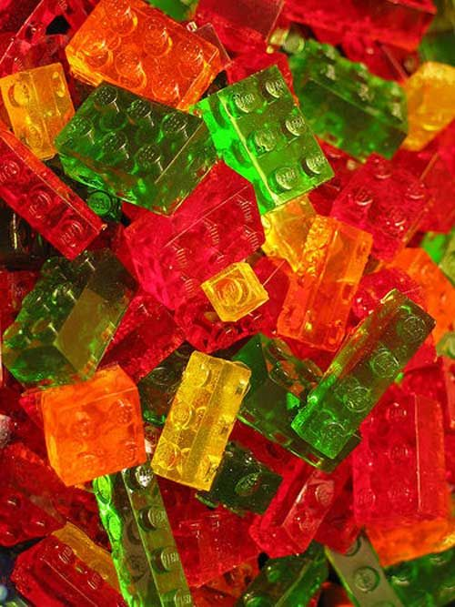 Recipe for Lego Gummies - You will notice that the instructions are a bit lengthy, but the results are so cool. The kids can even build things with them before devouring their treats.