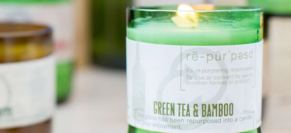 Green Tea & Bamboo Soy Candle by Vineyard Hill Naturals at  http://twinspiration.co/favorite-springtime-candle/