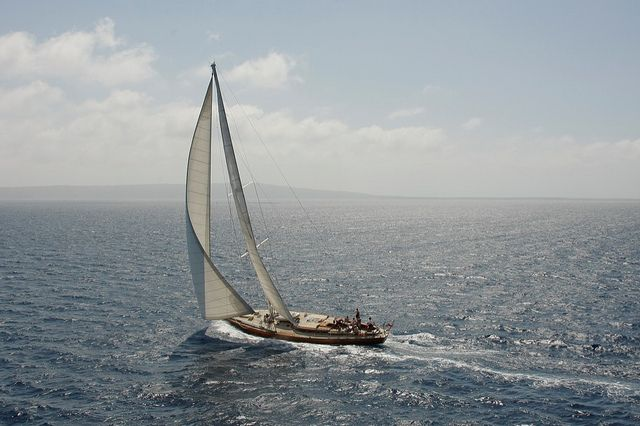 Masa Yume  Anno: 1970  Tipo: Icl. RORC sloop  Progettista: Sangermani  LOA (m): 22,37  LWL (m): 15,92  Beam (m): 5,40  Draft (m): 3,00  Sail area (m2): 195  Disp. (t): 38,72