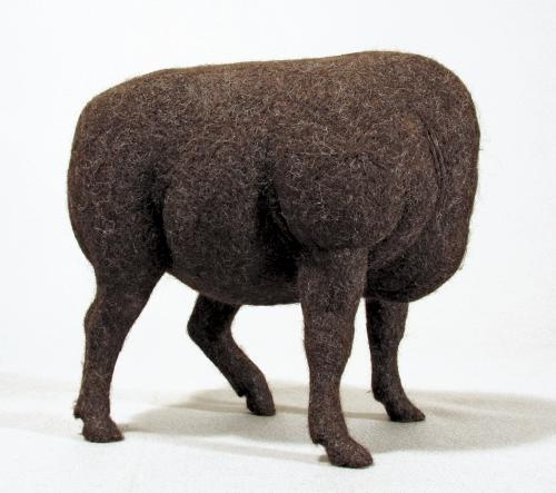 Stephanie Metz: felted animals http://thecarnivoro.us/191929