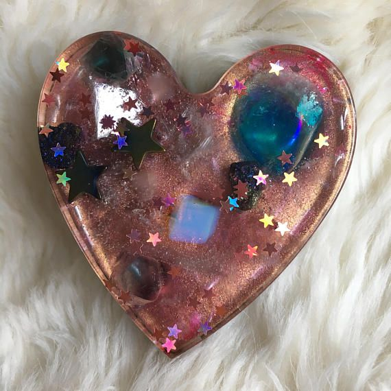 Pink Orgone Generator Heart by TheFaerieGodmother on Etsy    Orgone Art, Orgone Energy, Orgonite, Orgonite Heart, Orgone Generator, Orgonites, Resin Art, Resin Craft, Resin Heart, Resin Casting, Ecopoxy, Eco Resin, Aqua Aura Quartz, Crystals, Healing Crystals, Mica, Orgonites