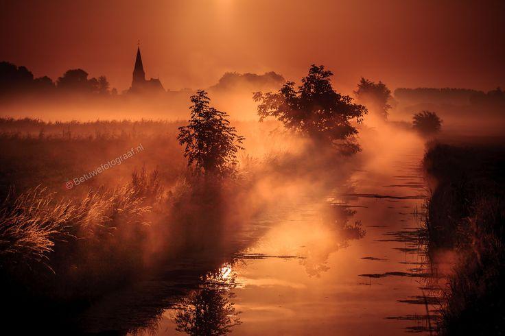 Photo Foggy sunrise in Gellicum ( Dutch town ) by Marinus Keyzer de on 500px