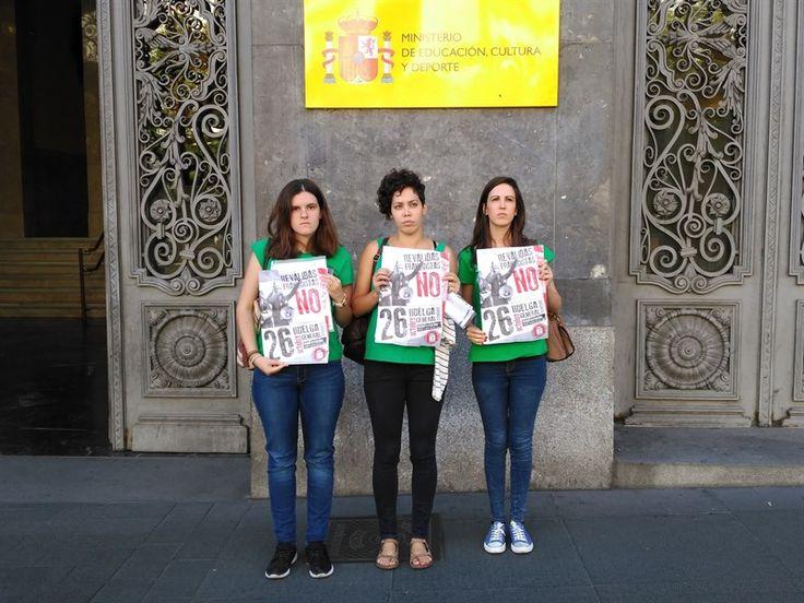 El Sindicato de Estudiantes niega el saludo a Méndez de Vigo y se va de la reunión por un pacto educativo