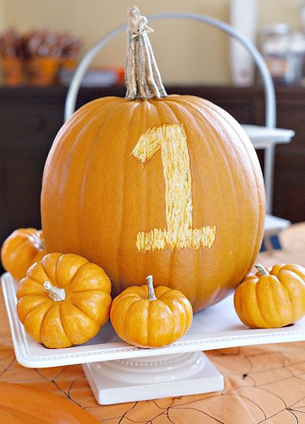 1st birthday pumpkin - Halloween Birthday Party Ideas