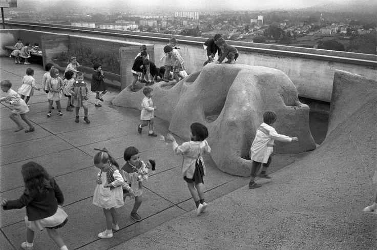 Le Corbusier, Unitè d'Habitation garden roof, playground