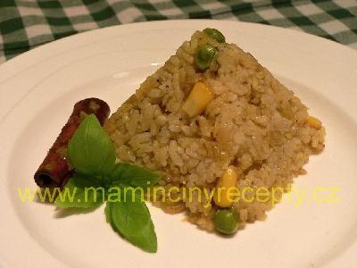 Kořeněná rýže se zeleninou