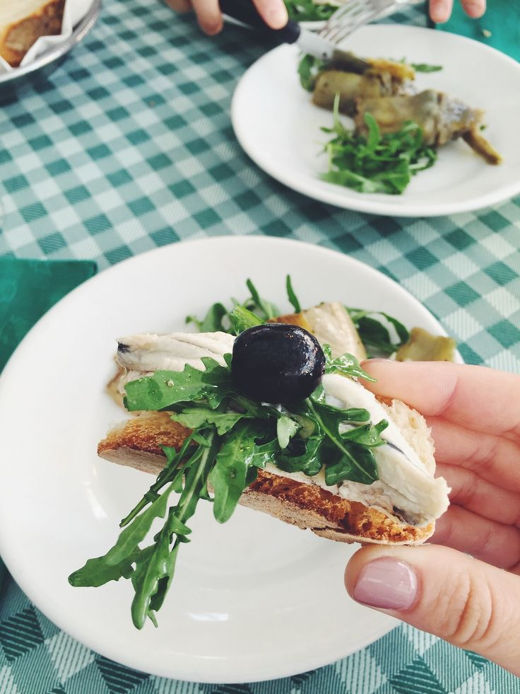 #summer #food #brunch #olive #restaurant #rucola #mate #matephotography #beauty #nature #green #healthy #italy #rome #travel #explore #addict