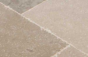 Dallage en pierre naturelle calcaire, dalle et pavé - LUGET