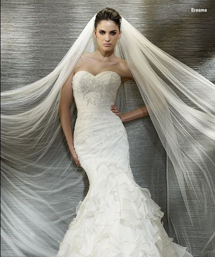 San Patrick Eresma  REDUCED to €599  www,timelessbridalwear.ie