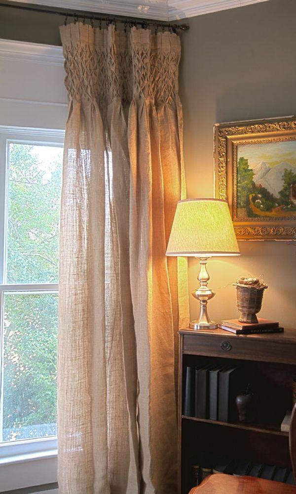 die besten 25 fensterdekoration gardinen beispiele ideen auf pinterest bett gegen fenster. Black Bedroom Furniture Sets. Home Design Ideas