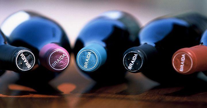 The sparkling Renaissance of the Italian reds http://www.thepiccachillyparlour.com/tpp/the-sparkling-renaissance-of-the-italian-red-wines/ #sparkling #Renaissance #Italian #reds #wines #Lambrusco #Sorbara #PDO #Emilian #Modena #Bonarda #Oltrepo #Pavese #DOC #Croatina #Lombardia #Piedmont #Monferrato #Brachetto #Acqui #DOCG #ArturoBersano #Monella #Barbera #Monferrato #Frizzante #Braida #Freisa #Asti #Italy #BagnaCauda #London #Vinoteca #Vinopolis #MichelaDiCarlo #ThePiccachillyParlour