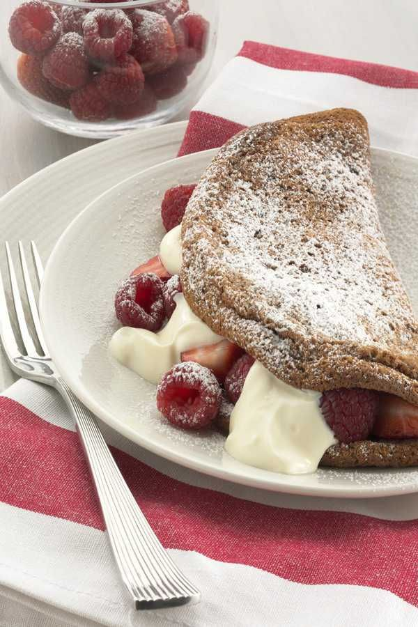Chocolate Souffle Omelette with Berries and Yoghurt   #Recipes #EggsEasyAs