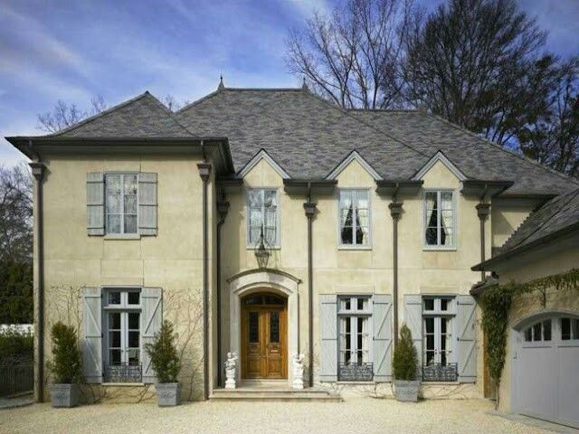 http://www.thefrenchtangerine.com/2012/03/dream-house-for-sale.html?m=1