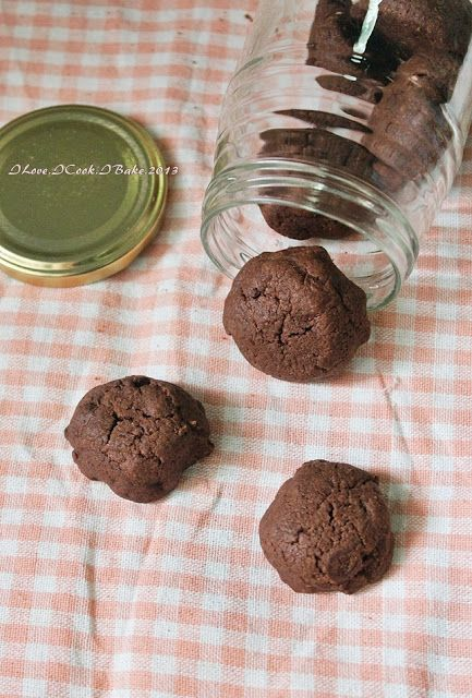 I Love. I Cook. I Bake.: Famous Amos Double Chocolate Chips Cookies Copycat