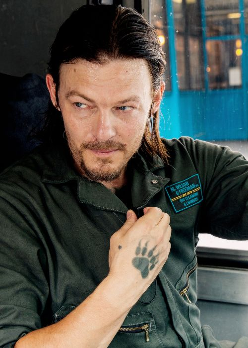 Norman Reedus as Russel Welch in Triple 9 : 'This is our last chance'